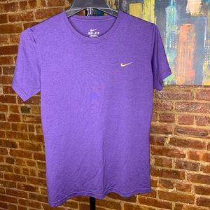 Nike Dry-Fit T-Shirt - Purple EUC
